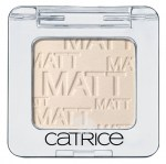catrice-absolute-eye-colour-660-ice-white-open-snehove-bila-mono-ocni-stiny1